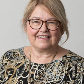 Susan head and shoulders cropped